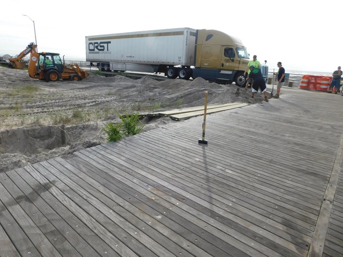 Trucker Blames GPS For Driving 3 Miles On Atlantic City Boardwalk