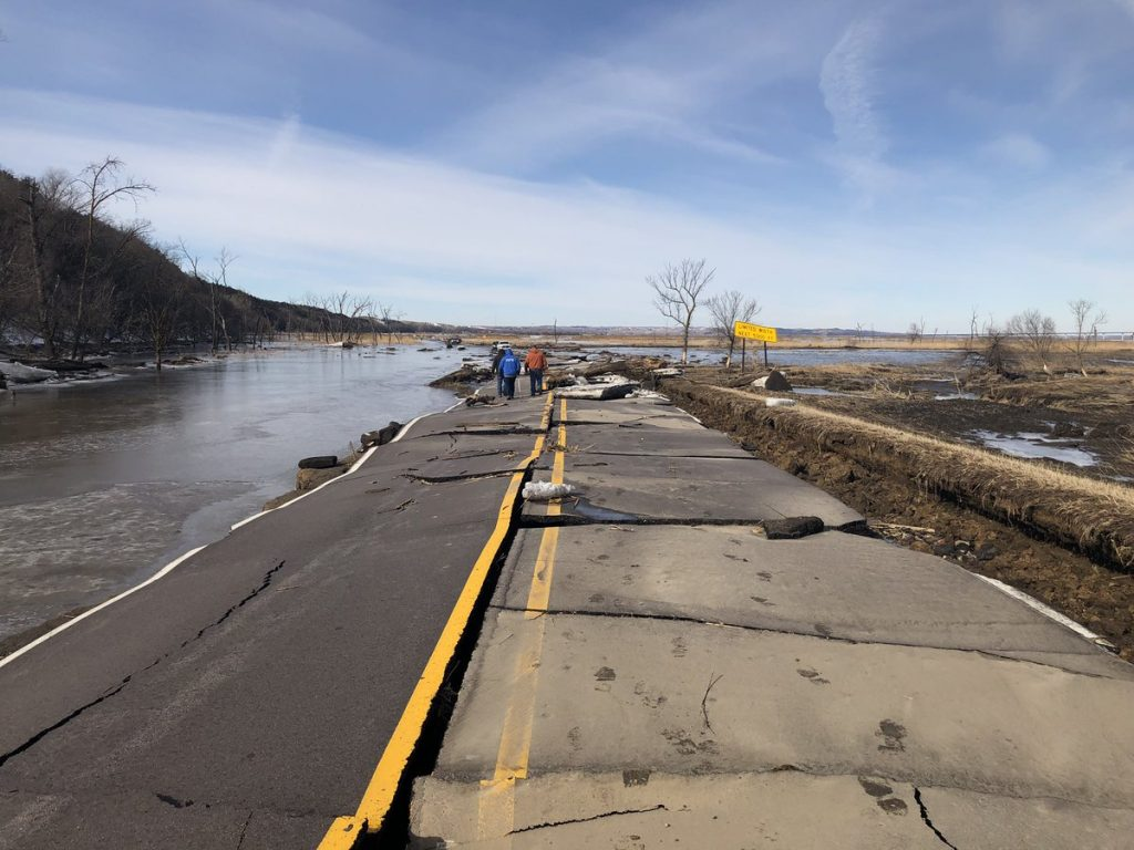 """Midwest Flooding """"Just Getting Started,"""" And What That Means For Trucking"""