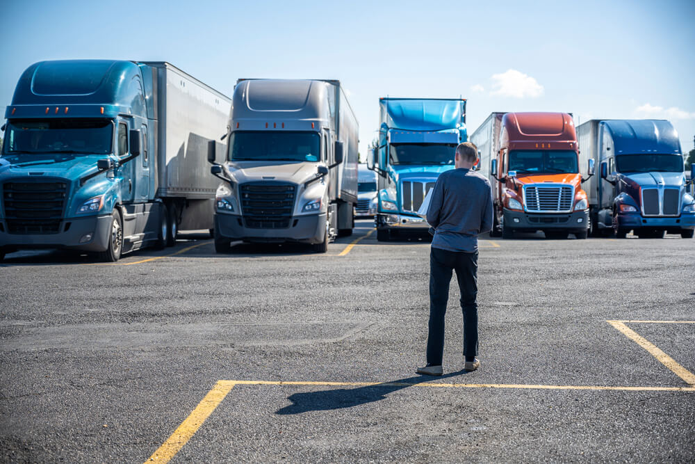 Hundreds of Truckers Impacted as Illinois Freight Carrier Disappears