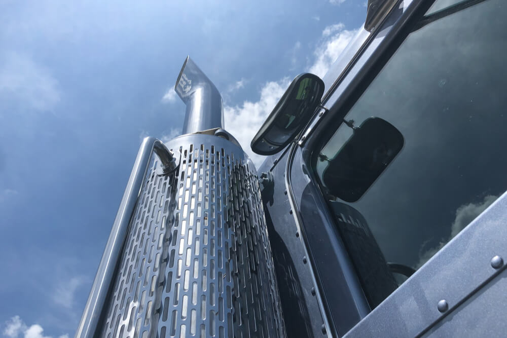 Using Illegal Devices To Thwart Truck Emission Controls Not Worth The MPG