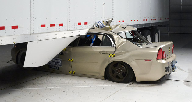 New Bill Could Mean Mandatory Side Underride Guards