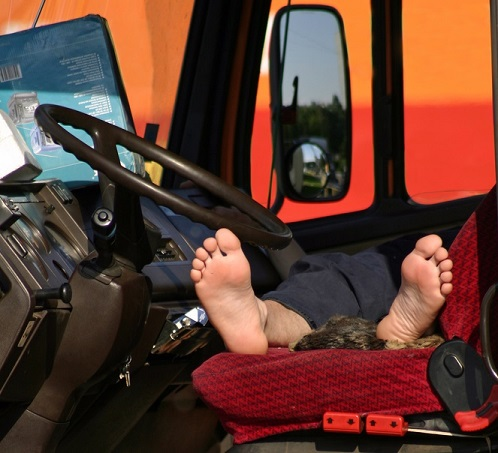 This Trucker Fell Asleep At The Wheel After Falsifying His Logs. A Jury Awarded Him $80 Million