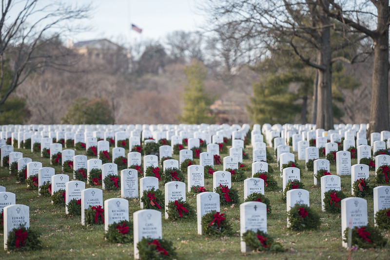 Truckers Help Place 2.25 Million Wreaths On Veteran Grave Sites